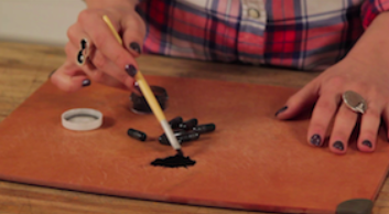 Make Your Own Eyeliner with Activated Charcoal