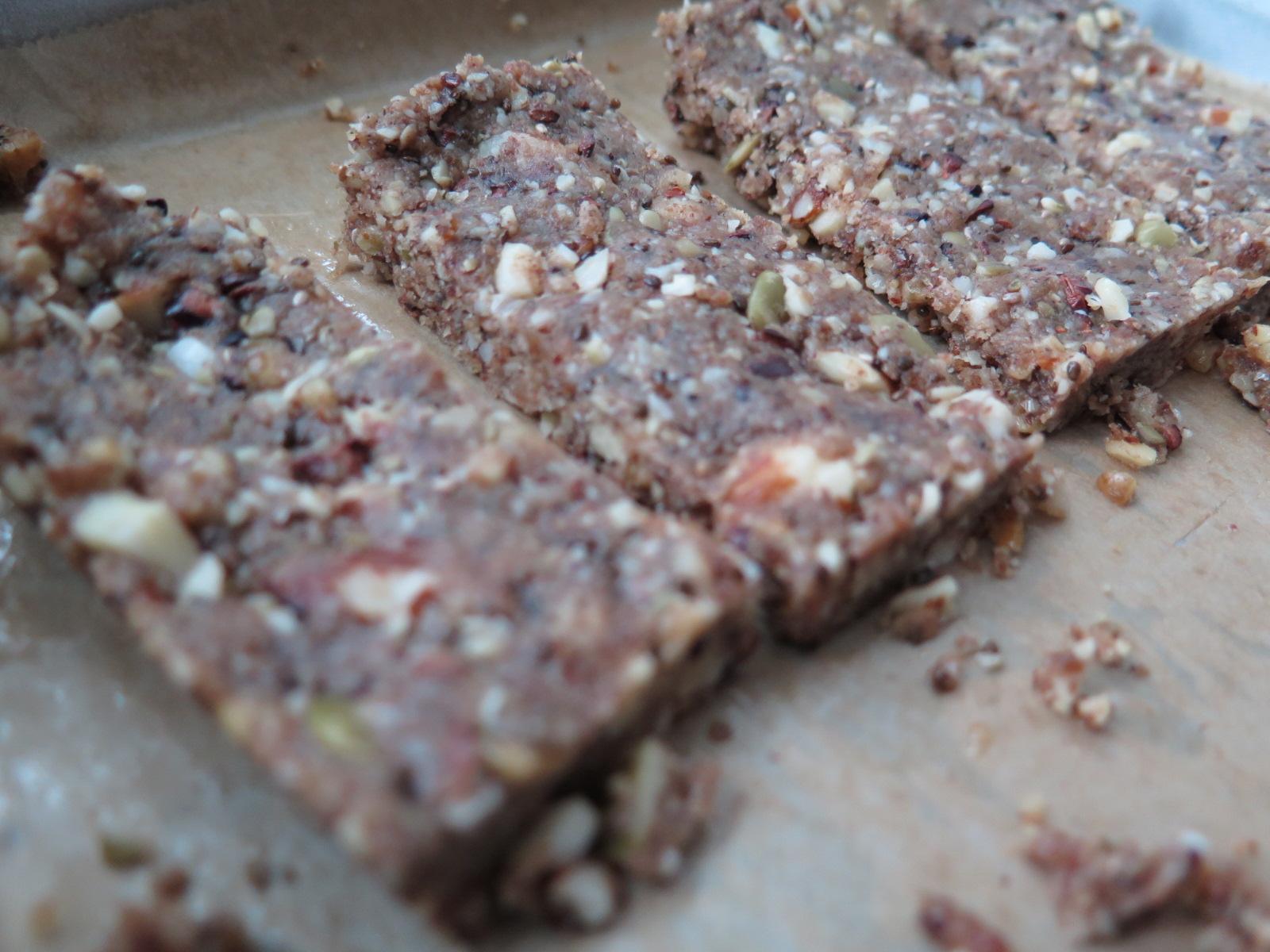 Nut & Seed GRAWnola Bars